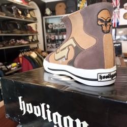 Sneakers Hooligan...